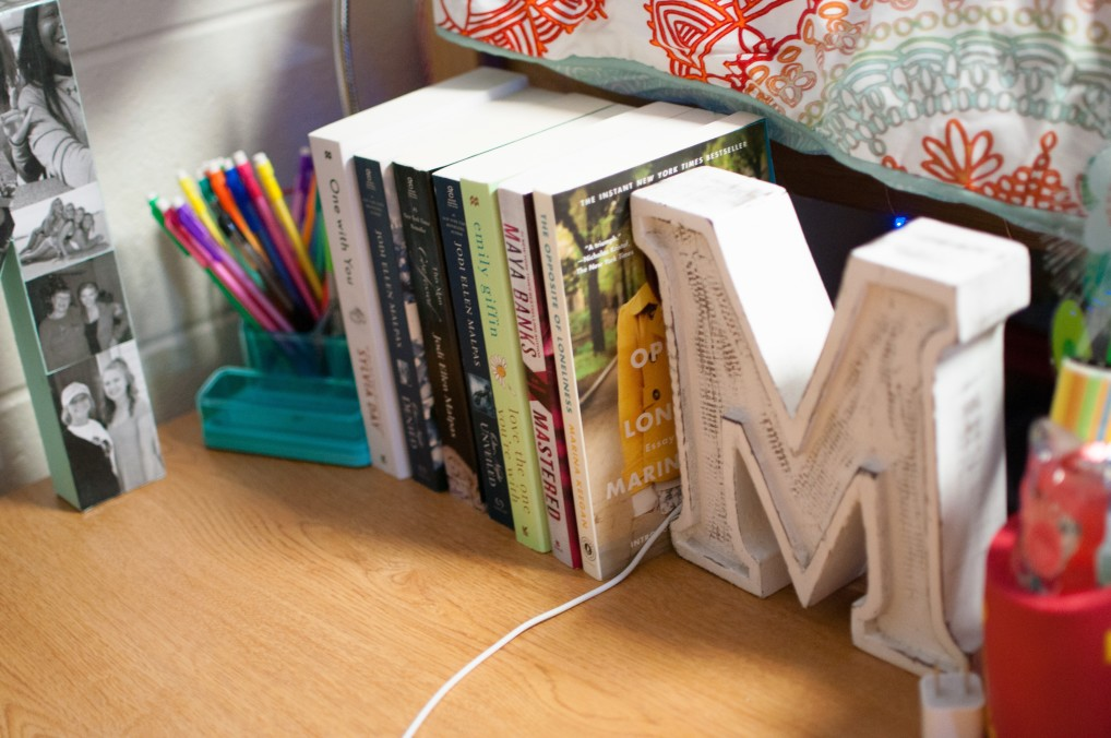 what to pack for college dorm room