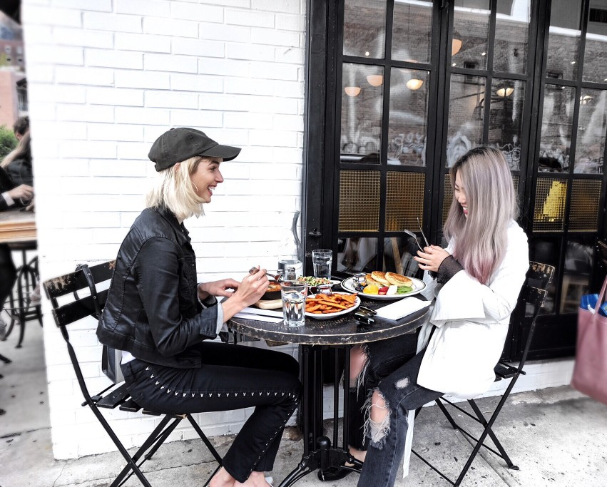 15 Simple Ways To Save Money When Eating Out
