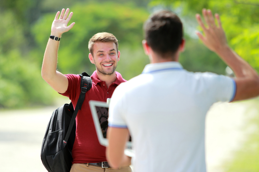 Easier Ways To Make Friends In College, University life